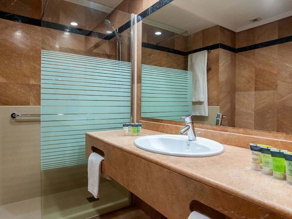 Cambio Bañera por Ducha de DuchaYa en Donosti Hotel Amara Plaza 4