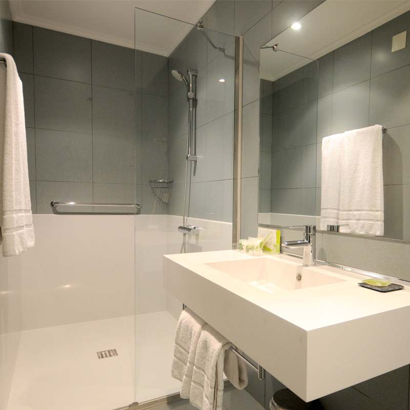 Cambio Bañera por Ducha de DuchaYa en Donosti Hotel Niza 1