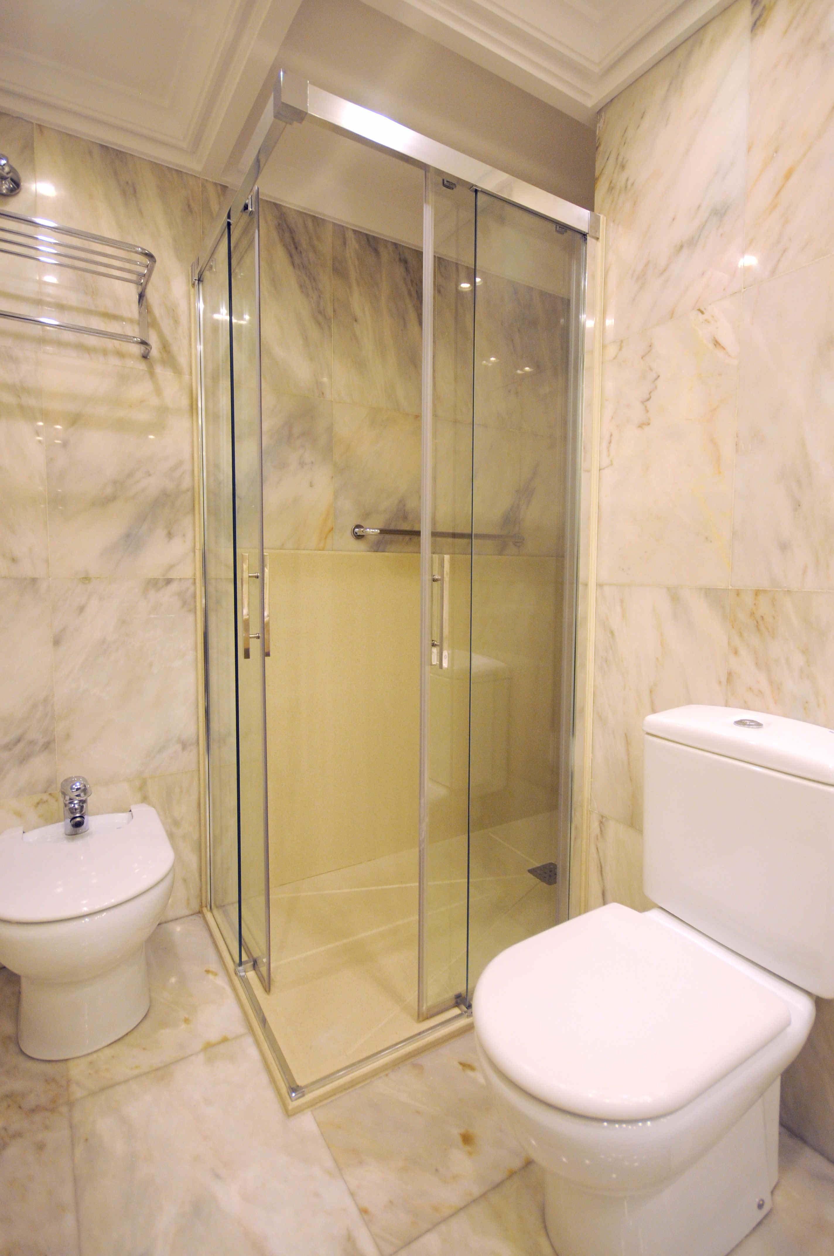 Cambio Bañera por Ducha de DuchaYa en Donosti Hotel Londres 2