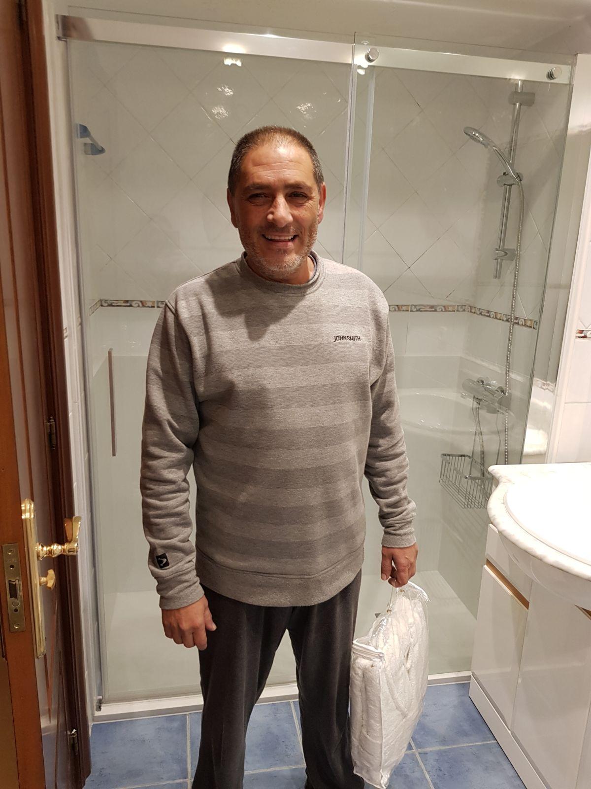 Cambio Bañera por Ducha de DuchaYa en Calle Serapio Mujica Donostia 4